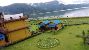 /hr-hr/hotel-lakefront/hotel/pokhara-np.html?asq=yNgQPA3bPHj0vDceHCVqknbvCD7oS49%2fRVne3hCPhvhI8t2eRSYbBAD43KHE%2bQbPzy%2b04PqnP0LYyWuLHpobDA%3d%3d