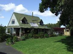 Runciman Emus B & B | New Zealand Hotels Deals