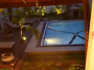 /tr-tr/villa-kapuru/hotel/negombo-lk.html?asq=5VS4rPxIcpCoBEKGzfKvtE3U12NCtIguGg1udxEzJ7kOSPYLQQYTzcQfeD1KNCujr3t7Q7hS497X80YbIgLBRJwRwxc6mmrXcYNM8lsQlbU%3d