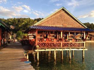 /de-de/angkor-chom-bungalows-and-rooms/hotel/koh-rong-kh.html?asq=jGXBHFvRg5Z51Emf%2fbXG4w%3d%3d