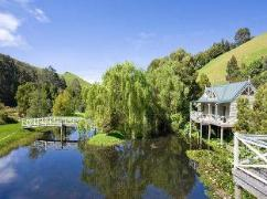 Twisted Willow Cottage | Australia Budget Hotels