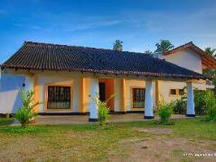 River Side Bentota Hotel | Sri Lanka Budget Hotels
