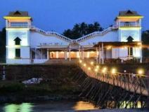 Beach Street Resort: exterior