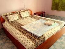 Nomichith Guesthouse: guest room
