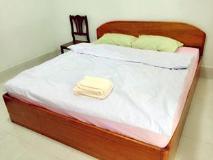 Phetchalern Hotel: guest room