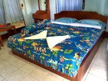 Phoukeo Resort: guest room