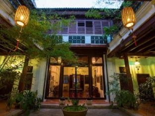 東印度旅館