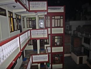 Hotel Yala Peak