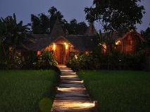 Vieng Tara Villa: exterior
