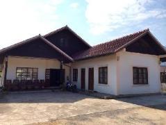 Laos Hotel | Sanhak Guesthouse