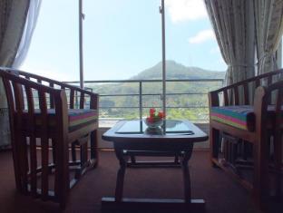 Villa Mount View