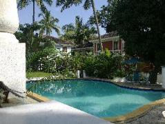 1265 Crescent Villa