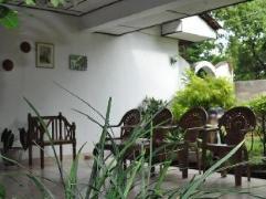 Vikum Lodge and Restaurant | Sri Lanka Budget Hotels