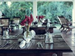 Taru Villas - Rock Villa | Sri Lanka Budget Hotels