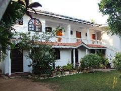 Hideaway Hikkaduwa Hotel | Sri Lanka Budget Hotels