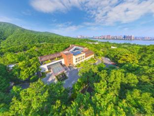 /sv-se/millennium-resort-hangzhou/hotel/hangzhou-cn.html?asq=vrkGgIUsL%2bbahMd1T3QaFc8vtOD6pz9C2Mlrix6aGww%3d