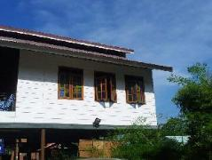 Cheap Hotels in Penang Malaysia | Audi GuestHouse