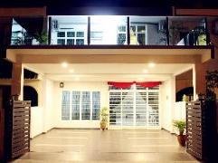 Homely Vacation House | Malaysia Hotel Discount Rates