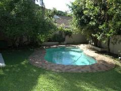 7 Rainbird Place | Cheap Hotels in East London South Africa