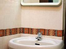 Reliance House: bathroom