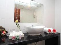 Chandara Boutique Hotel: bathroom