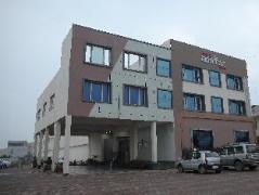 Hotel Adityaz | India Budget Hotels