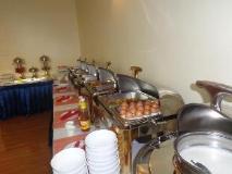 Apex Hotel Nay Pyi Taw: buffet
