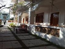 Ma Ma Guest House: exterior
