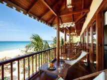 The Residence By Sandoway: balcony/terrace