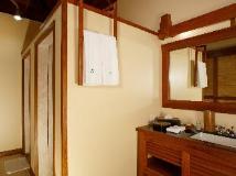 The Residence By Sandoway: bathroom