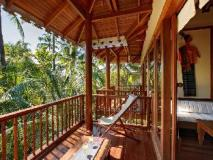 The Residence By Sandoway: garden