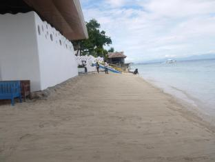 Isla Bonita Resort