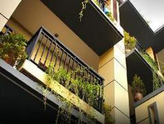 Guest House La Mulya   Indonesia Hotel