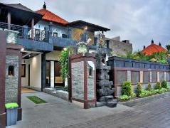Moyo Residence | Indonesia Hotel