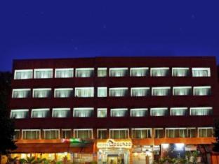 /sv-se/hotel-baseraa/hotel/hyderabad-in.html?asq=vrkGgIUsL%2bbahMd1T3QaFc8vtOD6pz9C2Mlrix6aGww%3d