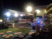 Philippines Hotel   garden