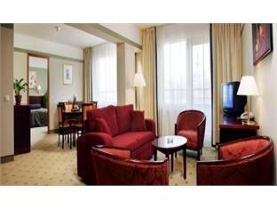 Meriton Grand Tallinn Hotel Tallinn - Guest Room