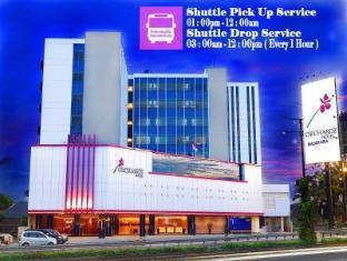 /hu-hu/orchardz-hotel-bandara/hotel/jakarta-id.html?asq=vrkGgIUsL%2bbahMd1T3QaFc8vtOD6pz9C2Mlrix6aGww%3d