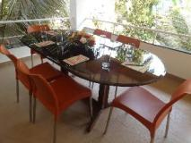 Casa Amarilla: meeting room