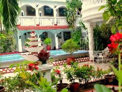 White Castle Hotel and Resort | Philippines Budget Hotels