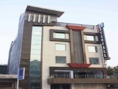 Hotel in India | Hotel Waterfall