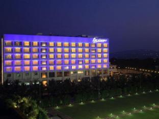 /denissons-hotel/hotel/hubli-in.html?asq=jGXBHFvRg5Z51Emf%2fbXG4w%3d%3d