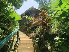 Hotel in Philippines El Nido | Makulay Lodging House