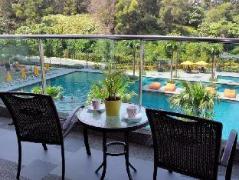 Cheap Hotels in Kuala Lumpur Malaysia | Pearl Villa Homes - Pool View Villa