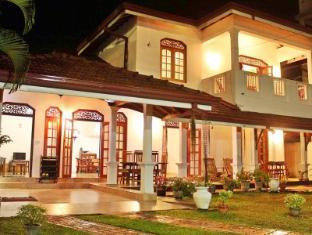 /lt-lt/villa-7-negombo/hotel/negombo-lk.html?asq=5VS4rPxIcpCoBEKGzfKvtE3U12NCtIguGg1udxEzJ7kOSPYLQQYTzcQfeD1KNCujr3t7Q7hS497X80YbIgLBRJwRwxc6mmrXcYNM8lsQlbU%3d