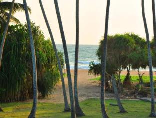 /ocean-view-hotel/hotel/bentota-lk.html?asq=jGXBHFvRg5Z51Emf%2fbXG4w%3d%3d