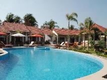 Vietnam Hotel Accommodation Cheap | standard pool
