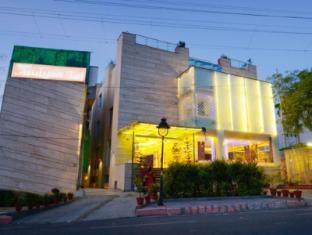 /hotel-atulyaa-taj/hotel/agra-in.html?asq=jGXBHFvRg5Z51Emf%2fbXG4w%3d%3d
