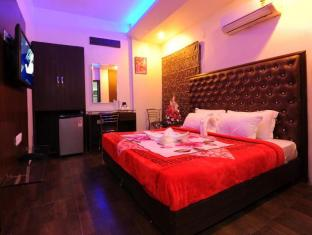 /hotel-pearl-inn-and-suites/hotel/amritsar-in.html?asq=jGXBHFvRg5Z51Emf%2fbXG4w%3d%3d
