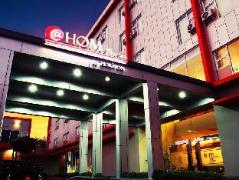 @Hom Premiere Cilacap Hotel, Indonesia